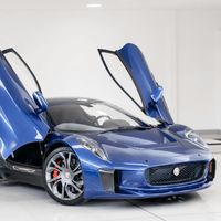 Si te gustan los coches de película, este Jaguar C-X75 del malo de '007: Spectre' está en venta