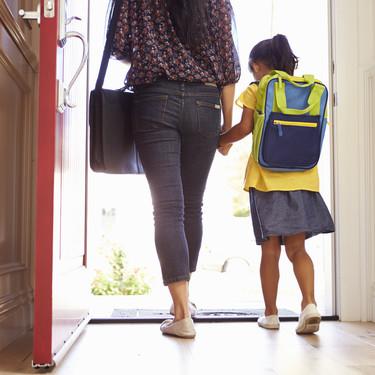 Ser madre y trabajar fuera de casa: los desafíos a los que nos enfrentamos cada día