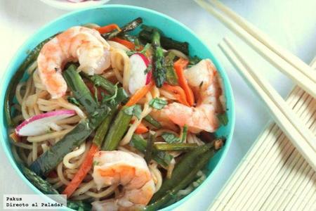 Noodles Con Langostinos Y Verduras A La Soja