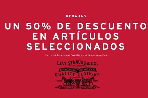 Remate final en las rebajas de Levi's: tallas sueltas con descuentos del 50% en vaqueros, camisetas, sudaderas y más