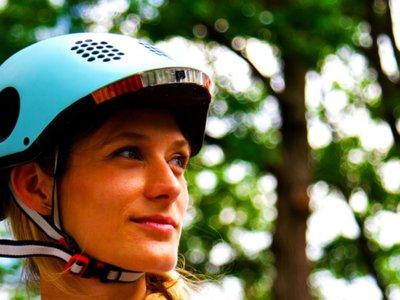 Classon, un casco inteligente que brinda seguridad a ciclistas