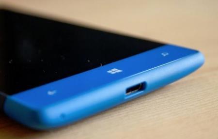 Windows Phone cae en cuota en 2014, ¿podrá Windows 10 darle la vuelta a la situación?