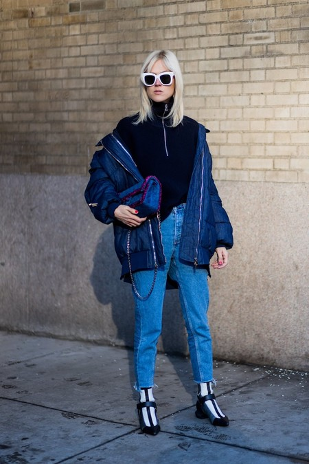 Linda Tol Proved You Have Interesting Navy Puffer Coat Worn