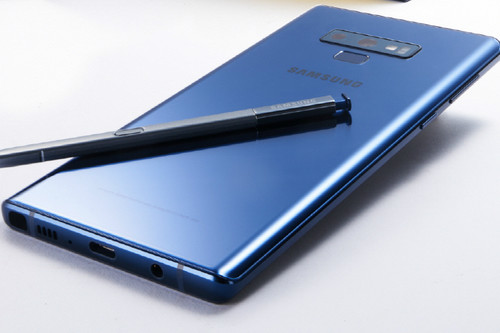 Bienvenidos a la era de los smartphones de 30 mil pesos en México