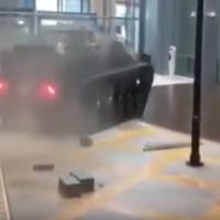 ¿Y si metemos un tanque de guerra a un centro comercial? Sí, así se piensa en The  Grand Tour