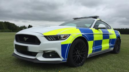 Este Ford Mustang de policía podría acabar aplastado en un desguace