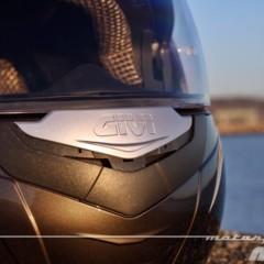 Foto 9 de 38 de la galería givi-x-09-prueba-del-casco-modular-convertible-a-jet en Motorpasion Moto