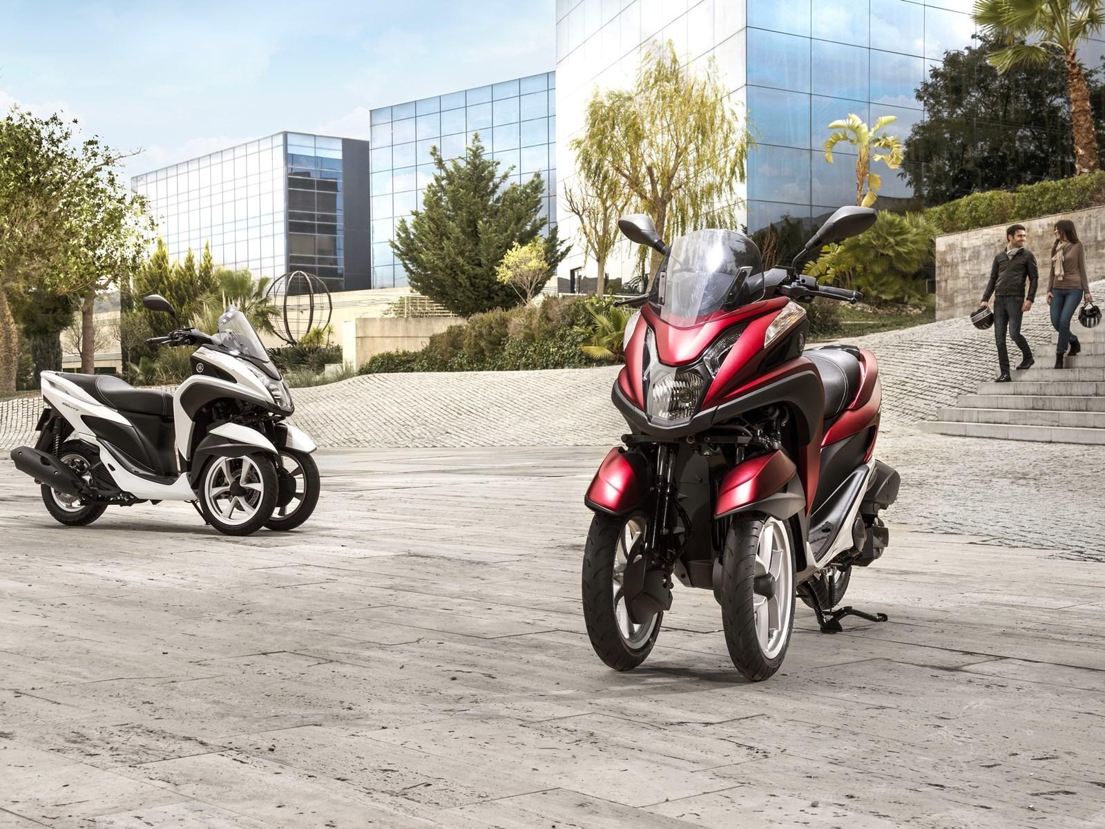 Foto de Yamaha Tricity 125 cc acción (19/21)