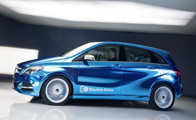 Mercedes-Benz Concept Clase B Electric Drive azul