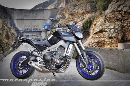 Yamaha MT-09, prueba (características y curiosidades)