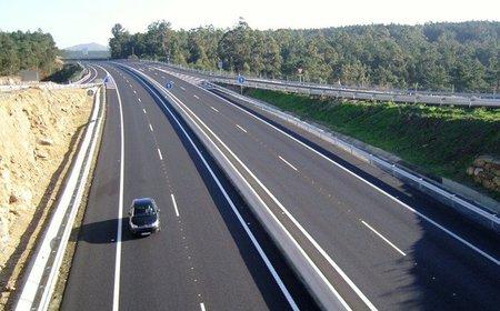 España redujo un 55% los muertos en carretera desde el 2001