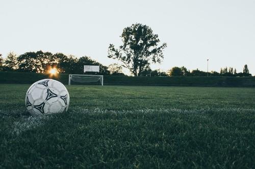 Del fútbol al baloncesto hasta llegar a los dardos: a falta de eventos presenciales, las competiciones deportivas se pasan al online