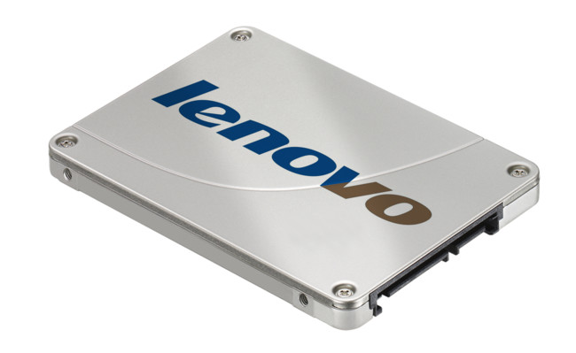 La carrera por la unidad SSD más grande del planeta tiene un nuevo competidor: Lenovo y sus 48TB