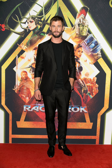 Chris Hemsworth Sydney Screening Thor Ragnarok Red Carpet 03