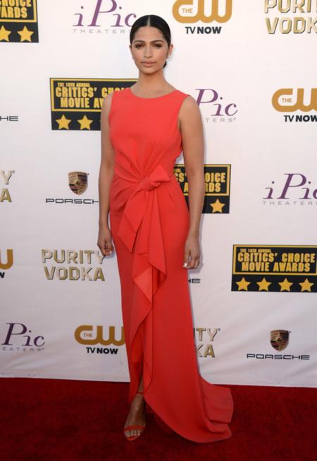 Camila Alves Mejores Critics Choice Awards 2014
