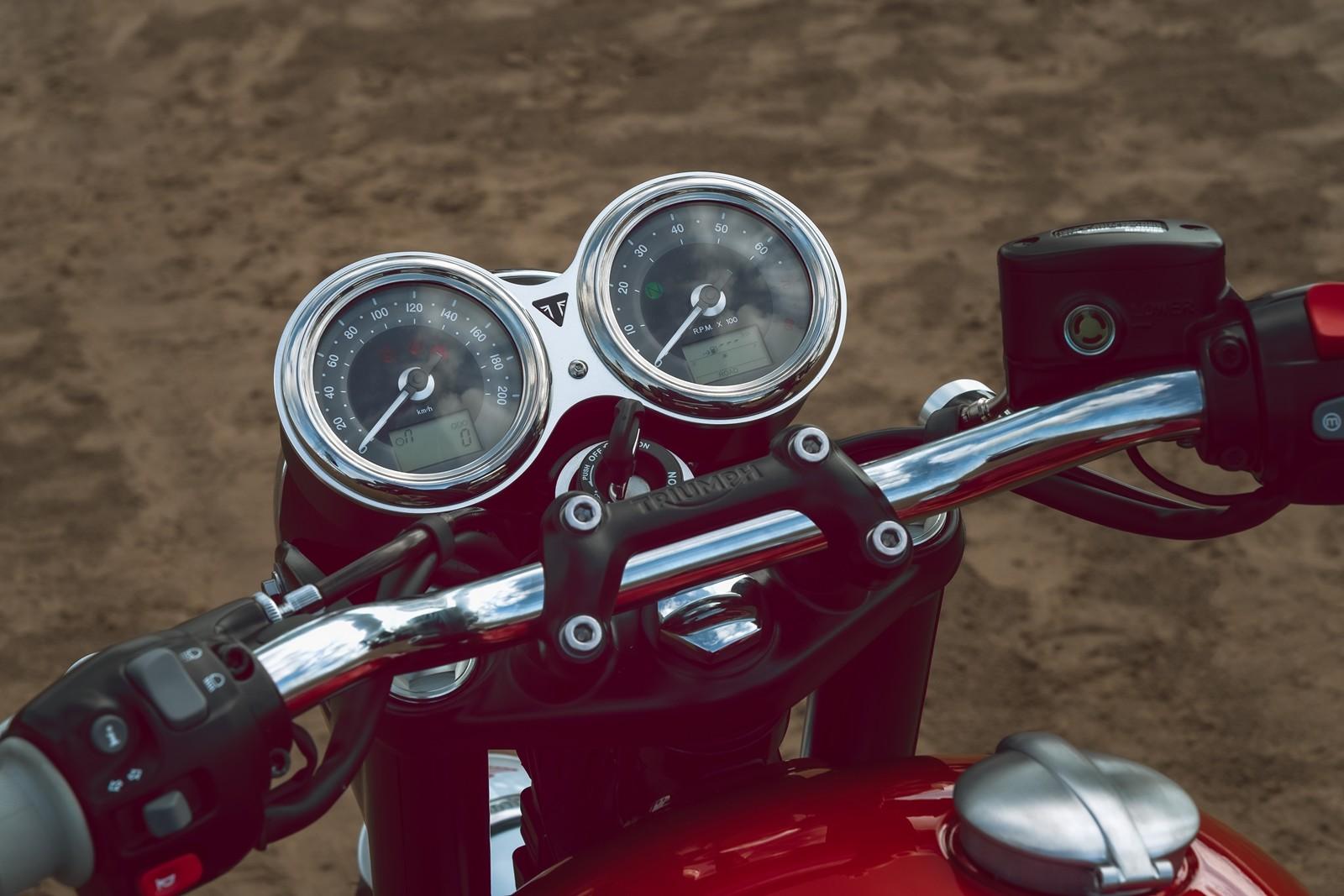 Triumph Bonneville T120 Bud Ekins 2020