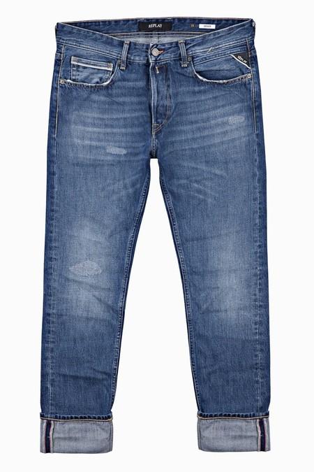El Denim De Replay Le Pone Un Toque Vintage A Tu Look De Otono Con Su Linea De Jeans Envejecidos 4