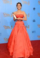 Jennifer Lawrence triunfa en los Globos de Oro 2013 vestida de Dior y joyas de Chopard