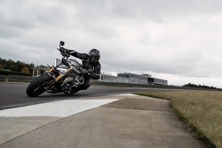 Triumph Speed Triple 1200 Rs 2021 024