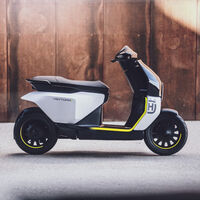 El Husqvarna Vektorr ya es el primer scooter eléctrico de la marca y viene con este patinete bajo el brazo