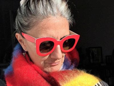 54 años es la edad perfecta para tener el Instagram más estiloso del universo (como el de esta francesa)