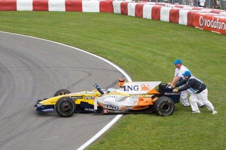 Hay gente con mucha suerte edición XXXIII: Mejor no jugártela delante de un Fórmula 1