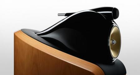¿Sabes cómo se fabrica una caja acústica de alta gama? B&W nos lo cuenta