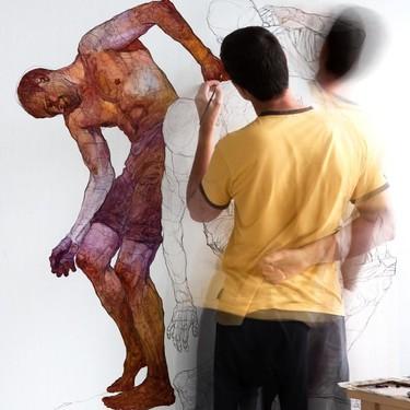 Así son las pinturas de Denis Sarazhin, el artista de 36 años que está conquistando el mundo del arte (y también a Instagram)