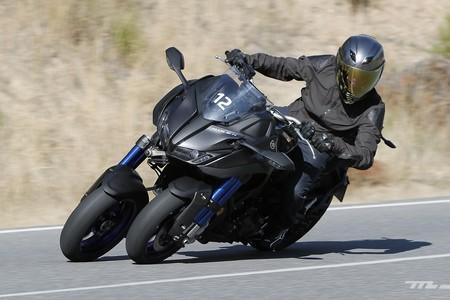 Mal Boda invención  Yamaha Niken 2018 prueba: Tres ruedas que romper los límites de la diversión