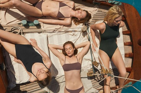 19 bañadores, bikinis, vestidos de verano, prendas de lino, pijamas y accesorios que amamos de las rebajas de Oysho