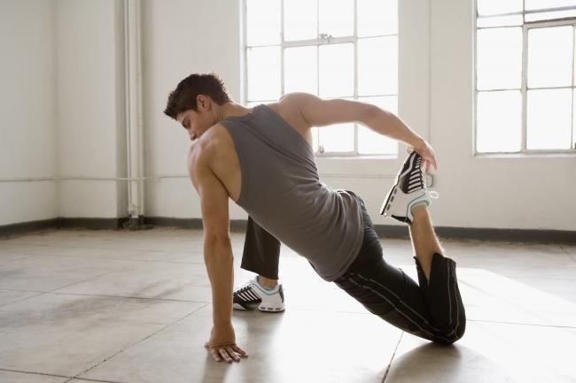 Cómo entrenar la flexibilidad en casa: tres puntos clave para ser más flexible