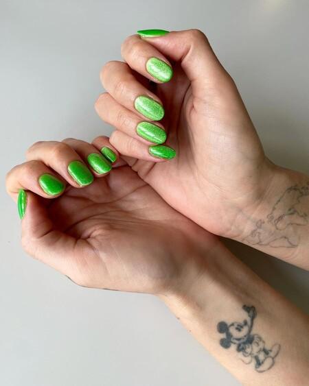 Chiara Ferragni Nail Art Velvet Green 03