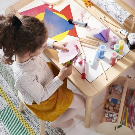 Zona de actividades para niños en casa