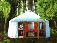 Alojarse en una yurta para las vacaciones