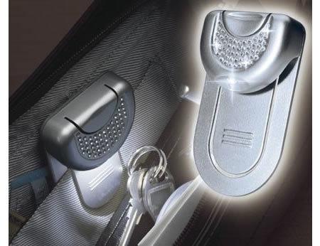 Linterna para iluminar el caos de tu bolso