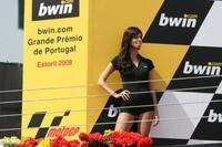 Galería de imágenes de las pit babes del Gran Premio de Estoril
