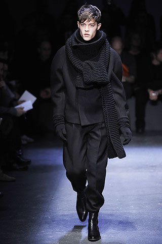 Esta temporada se llevan las maxi bufandas