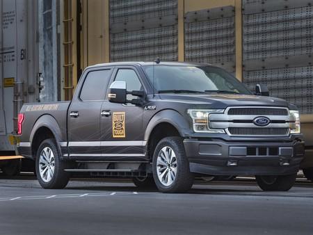 La Ford F-150 y Transit eléctrica llegarán en menos de dos años, acorde a un ejecutivo de la marca