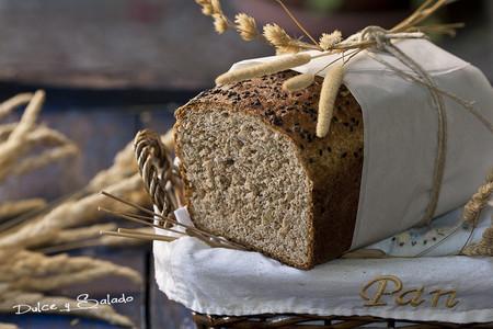 Pan de molde de espelta integral y semillas