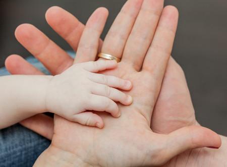 Cómo estimular los sentidos del bebé en sus primeros meses