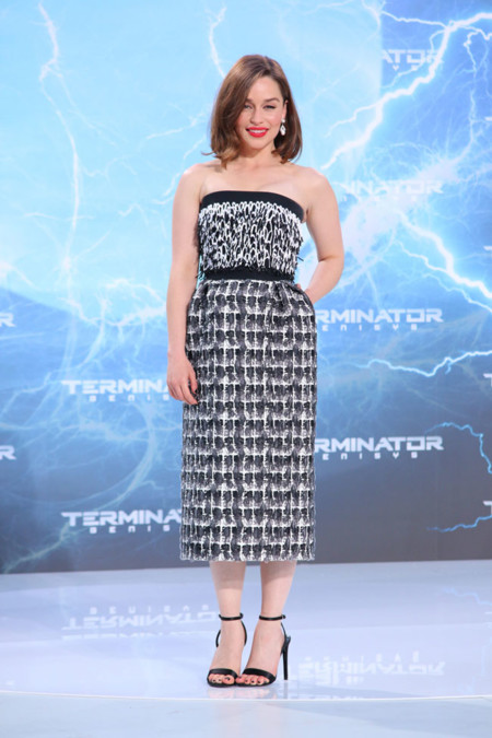 Emilia Clarke Looks 3