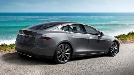 ¿Tendremos un Tesla Model S AWD y con una batería de más de 100 kWh?