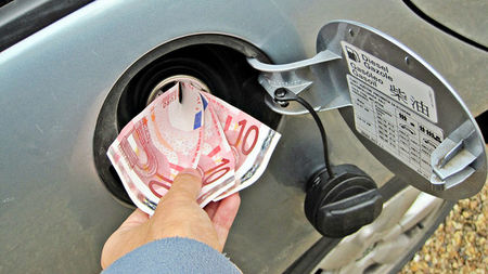 ¿Cuál sería tu precio límite en el combustible para usar transporte público?, la pregunta de la semana