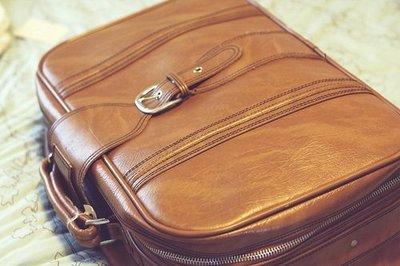 Las maletas precintadas son más suceptibles a los robos