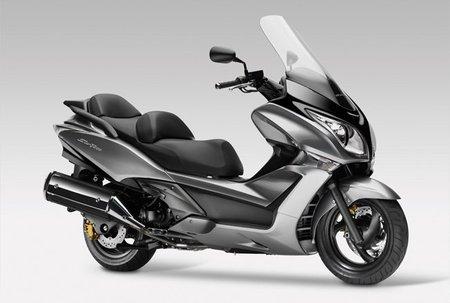 Nueva scooter para la gama alta