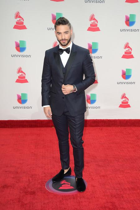 Maluma Nos Ensena Como Vestir Un Look De Tres Piezas En La Red Carpet Los Latin Grammy 3