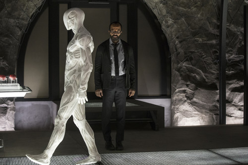 'Westworld' 2x04: la serie reflexiona sobre qué nos hace humanos en un episodio con abundantes respuestas