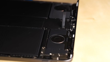 El despiece del iPad Pro (2020) confirma los 6 GB de RAM y detalles sobre su nueva cámara