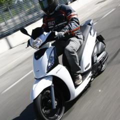 Foto 21 de 32 de la galería kymco-people-125-gti-toma-de-contacto en Motorpasion Moto