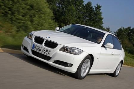 Agosto, por fin un poco de aire en las ventas de coches